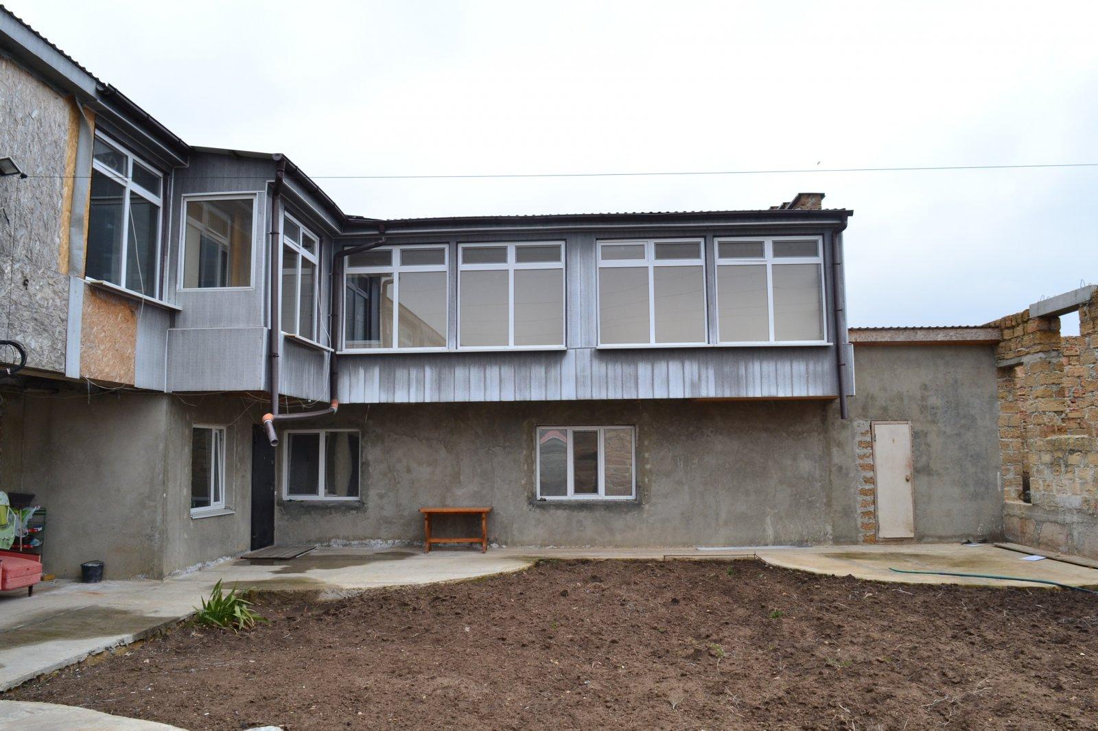 Продается дом с недостроенным гостиничным комплексом в с. Суворовское Сакск ...
