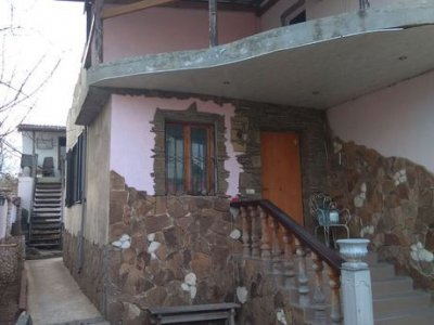 Продаются 2 дома с сауной на участке 4 сотки в кооп-ве Чайка