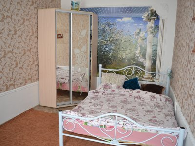 Продается 2-х этажный Дом с отдельным двором в Евпатории по ул. Немичевых