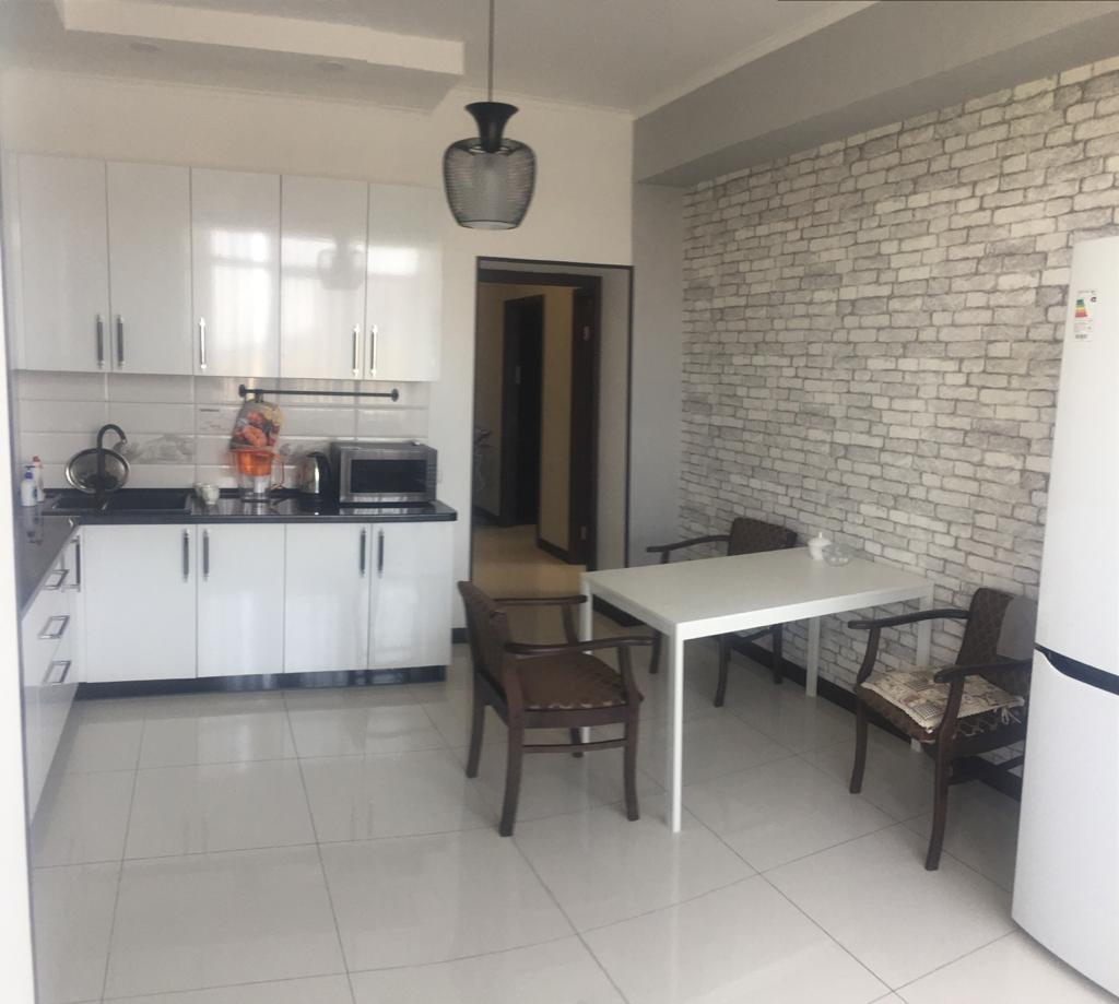 Продается 2 квартира в центре Евпатории