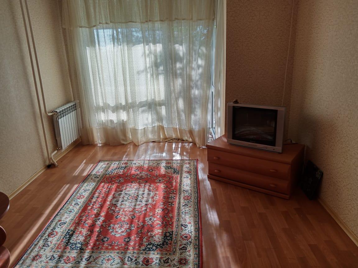 Продается 1 комнатная квартира в пгт. Мирный