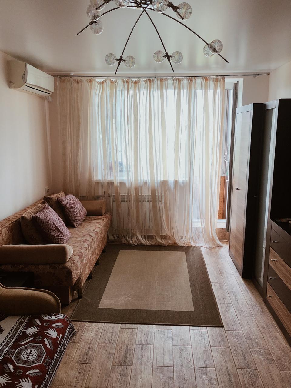 Продаётся 1 комнатная квартира по ул.Демышева в Центре г.Евпатория.