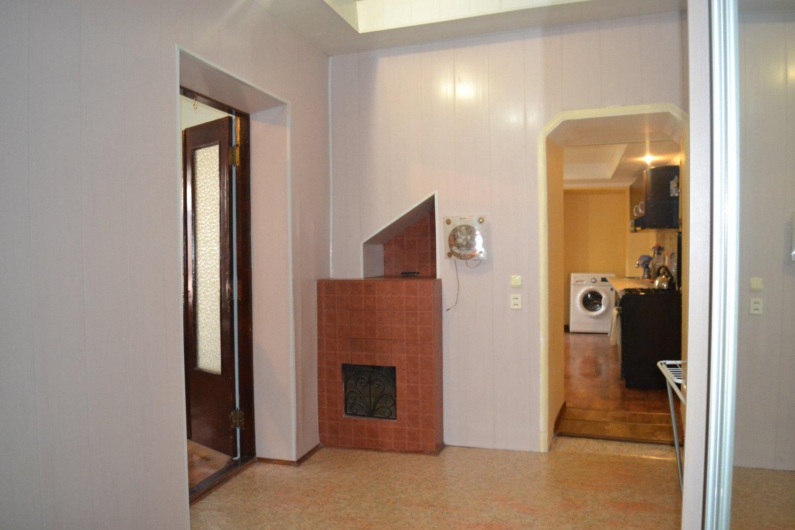 Продаётся 2 комнатная квартира р-н Катык по улице Татарская