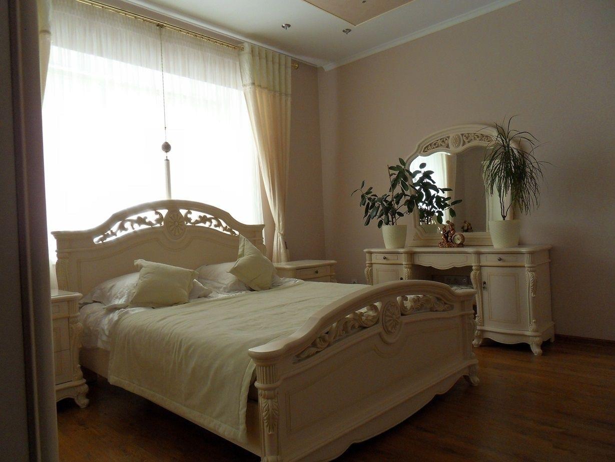 Продаётся 6 комнатная квартира в р-н вокзалов, по ул.Сытникова, г.Евпатория