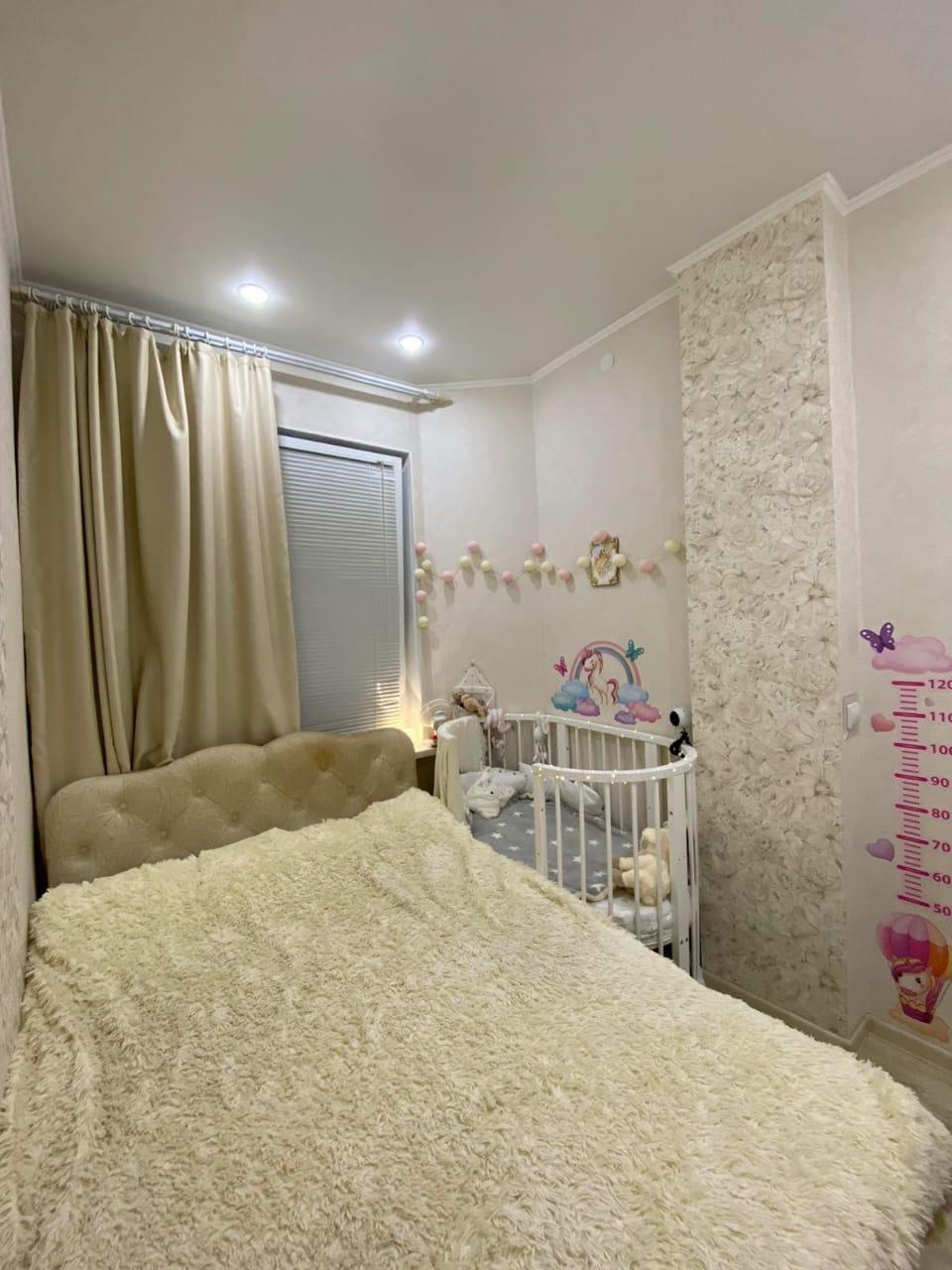 Продаётся 3 комнатная квартира, по переулку Тесный, в р-н. Старого города.
