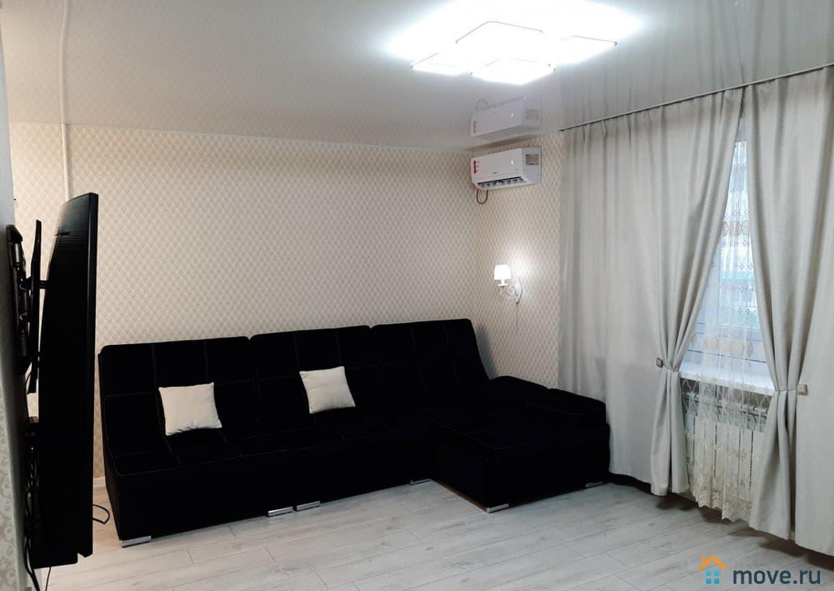 Продаётся квартира в , по ул.Героев Десантников, пгт.Новоозерное, Евпаторийского района