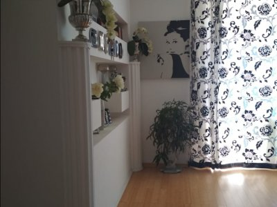 Продаётся 2 комнатная квартира, в Курортном районе, г.Евпатория.
